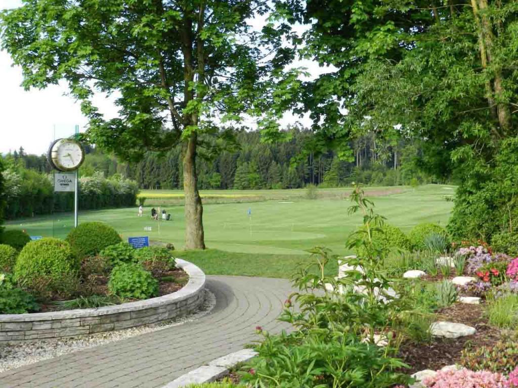Die Golfanlage Winterberg ist ein ideales Trainingsgelände sowohl für Anfänger als auch für anspruchsvolle Turnierspieler.