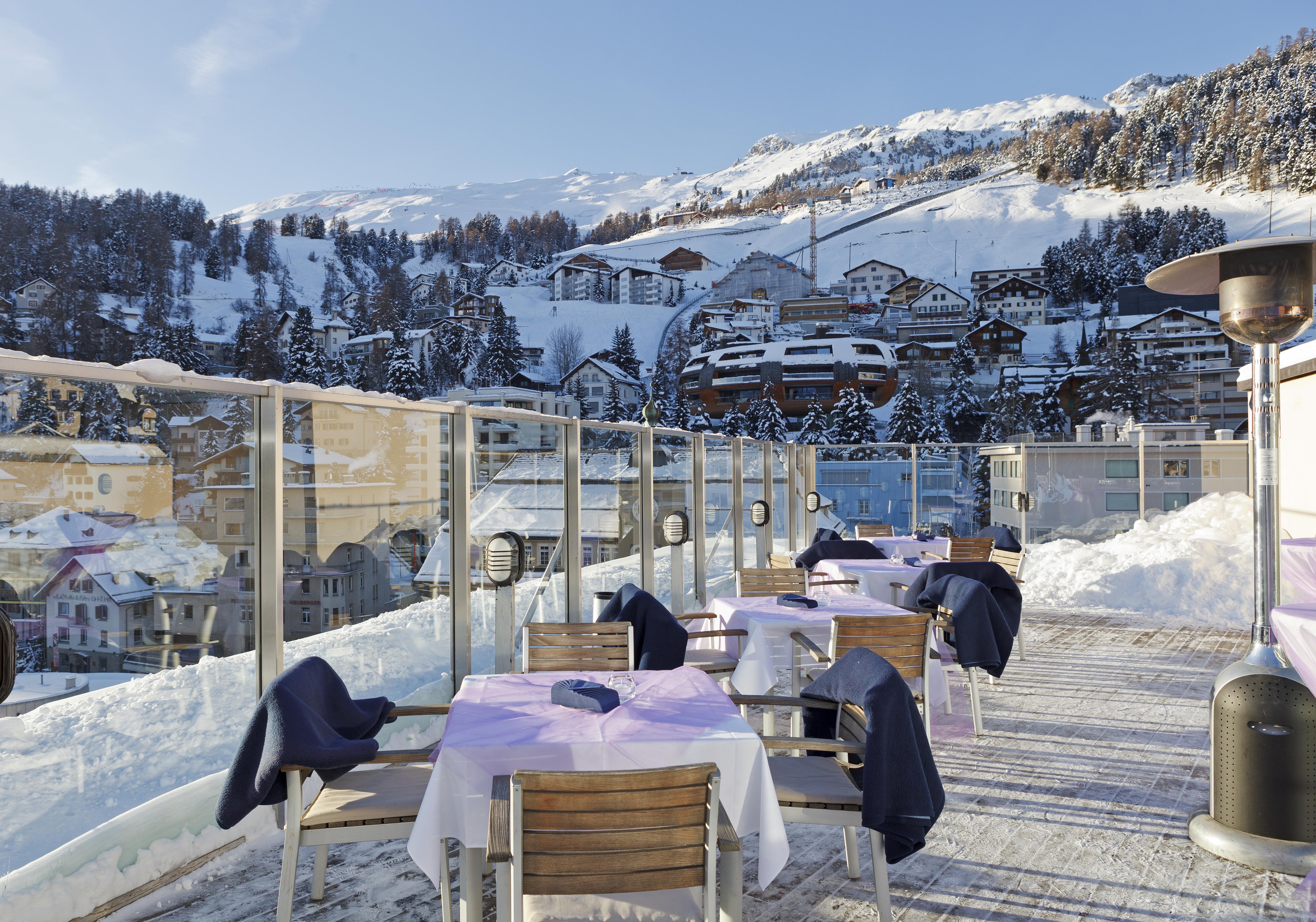 sonnenterrasse_im_winter_art_boutique_hotel_monopol