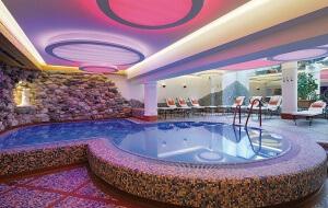 hallenbad_hotel_der_loewe