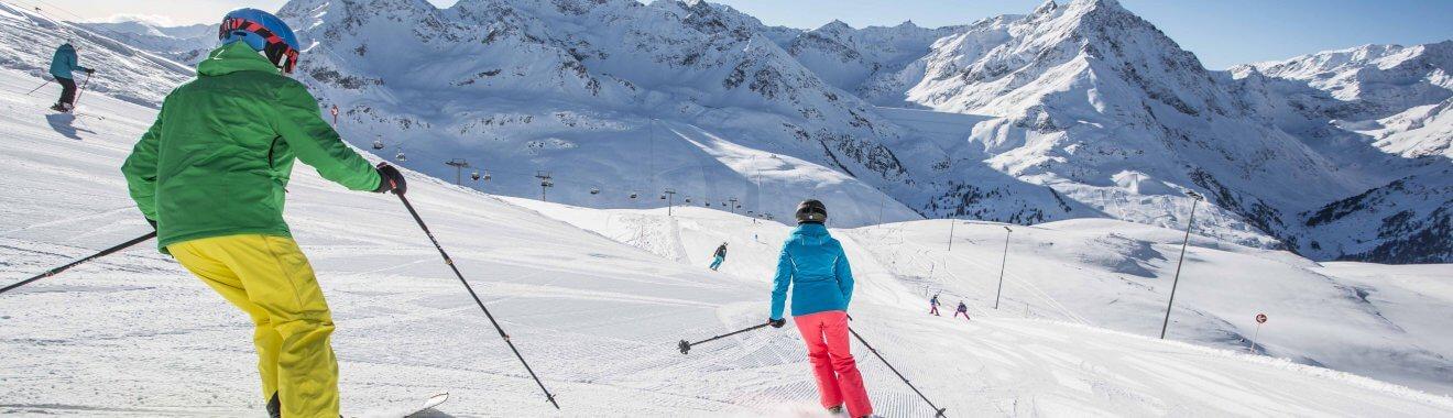 """Wer von 3. bis 23. Dezember 2016 ein Zimmer in einem der zahlreichen teilnehmenden Betriebe der """"Ski Free Wochen"""" im Kühtai bucht, bekommt den Skipass kostenlos dazu. Foto: Innsbruck Tourismus/ Zangerl"""